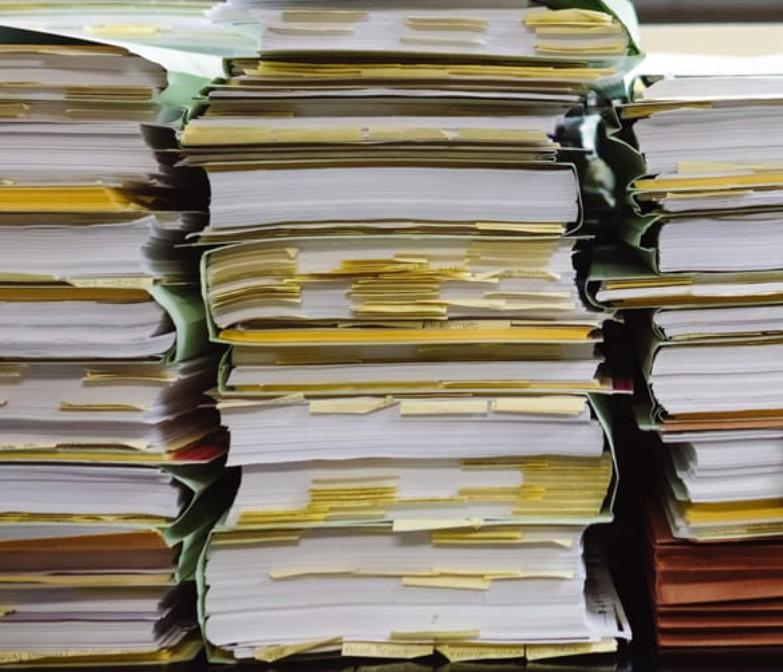 Полистна експертиза на документи и изогтвяне на опис за дългосрочно съхранение и опис на неценни документи с изтекъл срок на съхранение